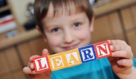 Γιατί πρέπει το παιδί σας να μάθει μια ξένη γλώσσα